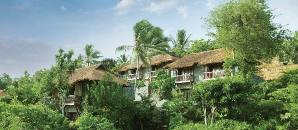 8 Best Luxury Resorts in India #TajKovalam