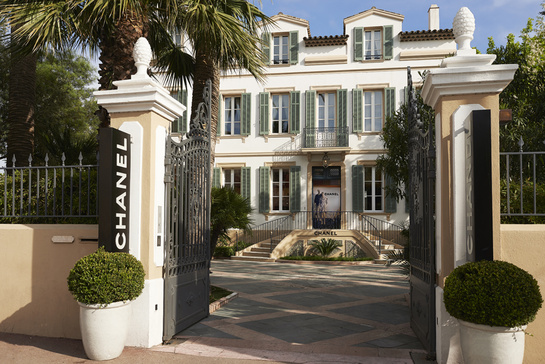 A Chanel popup in Saint Tropez