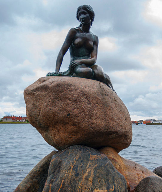 The Little Mermaid in Copenhagen | Outside Suburbia