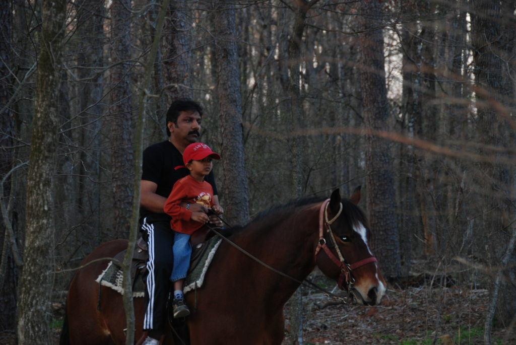 Horseback riding - Things to do in Beavers Bend State Park, Photo by Outside Suburbia