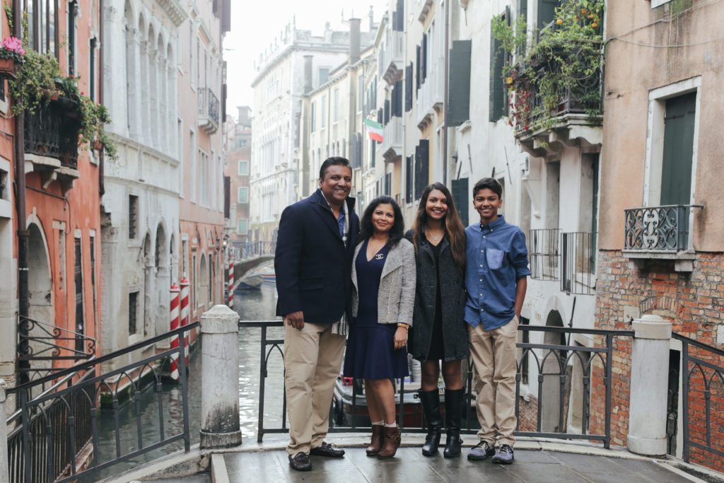 A Family Photo shoot in Venice with Flytographer, a review
