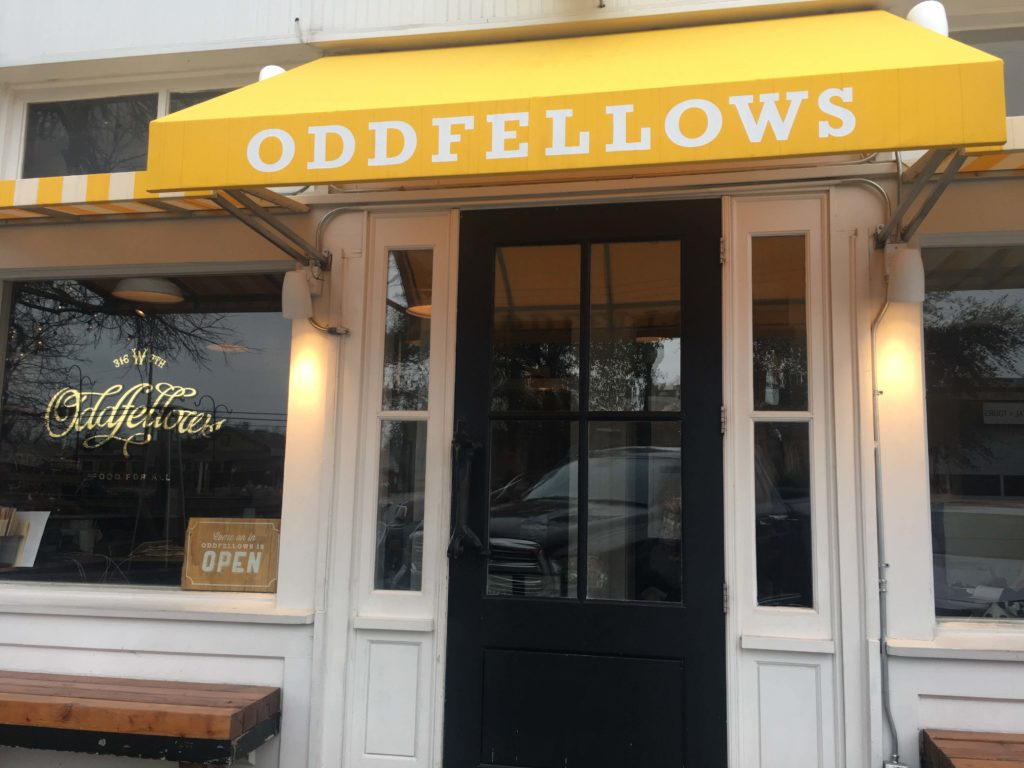 Oddfellows, Bishop Arts District, Photo Outside Suburbia