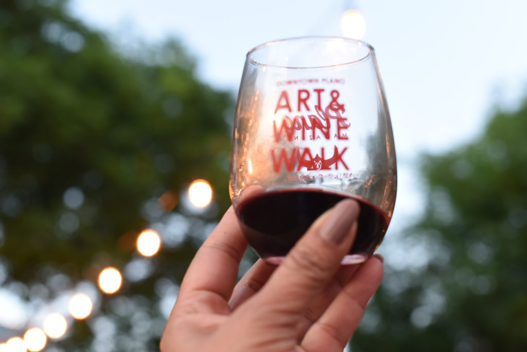 Art & Wine Walk in Plano - OutsideSuburbia.com