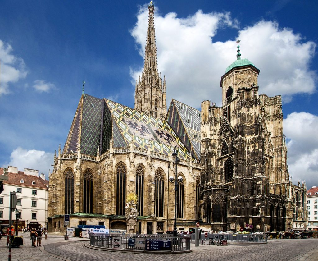 St Stephen's Cathedral, Vienna | 3 Day Vienna Itinerary | Outside Suburbia