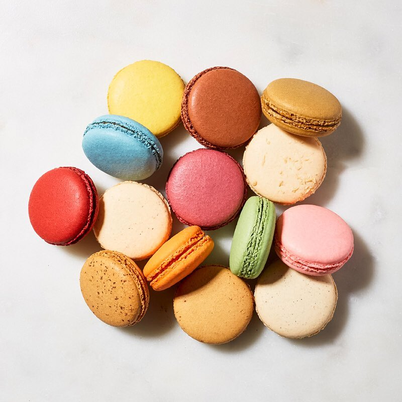 Bisous Bisous Macarons