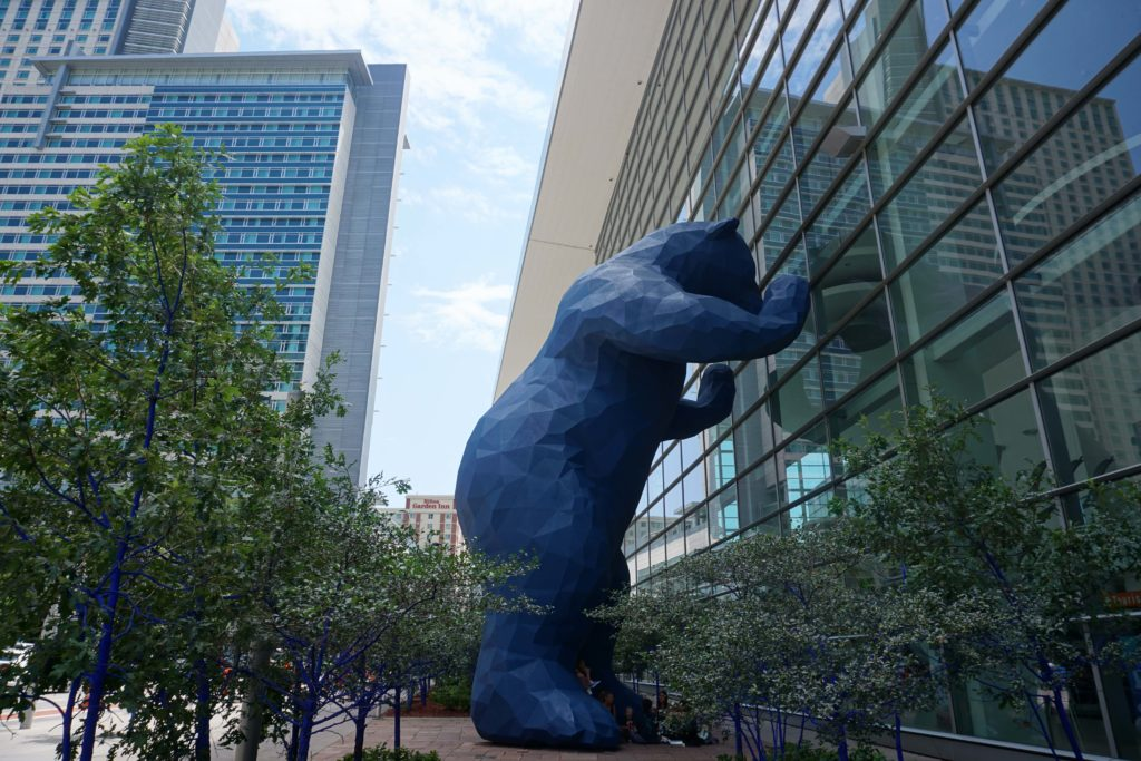 Blue Bear known as I See What You Mean. See the all other things to do in Denver, Colorado with kids #Denver #Colorado #ThingsToDo