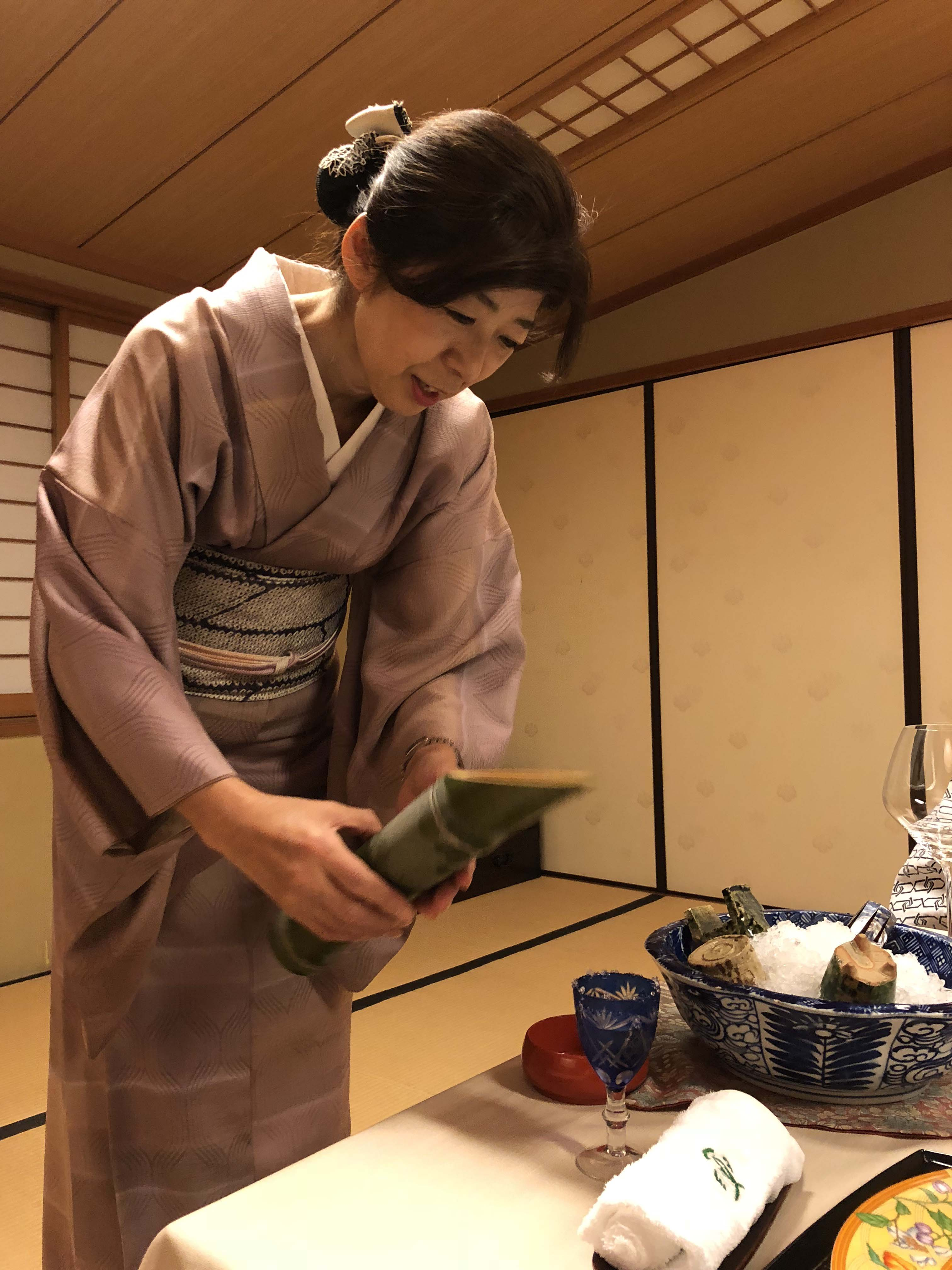 What is a Kaiseki Meal? Kaiseki is a traditional meal, where diners kneel on rice straw tatami mats and sample a series of small dishes made from seasonal ingredients, cooked in the most regional way possible in order to best bring about their flavors. - Photo by Outside Suburbia