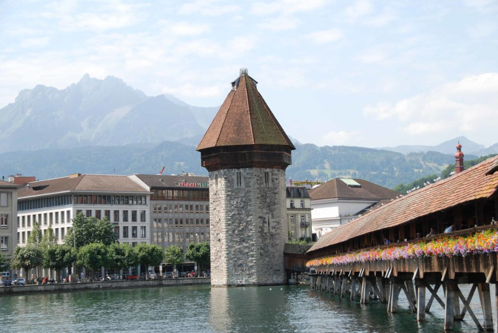 Kapellbrücke or Chapel Bridge : Golden Round Trip Lucern #Lucern #Switzerland