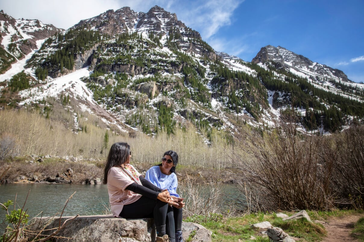 Maroon Bells on Lake Scenic Trail & Crater Lake Trail | Outside Suburbia