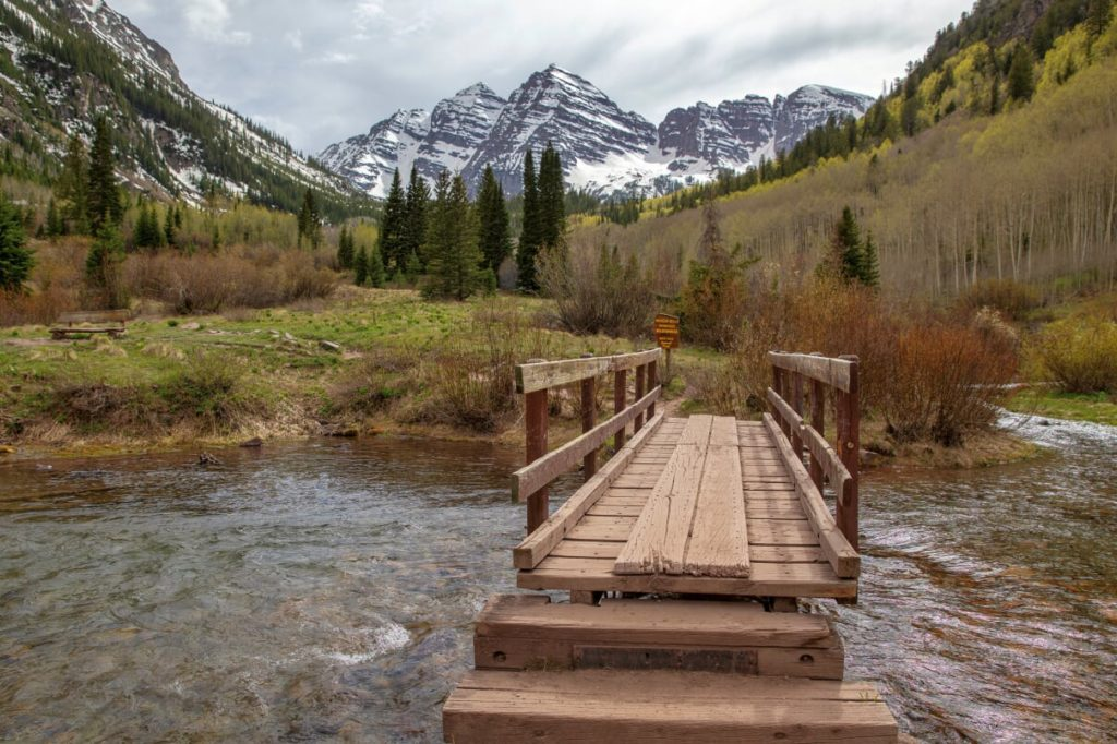 Maroon Bells in Summer #MaroonBells #Colorado