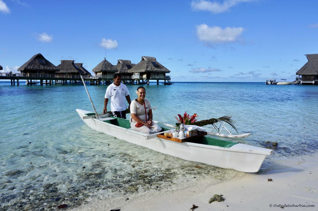 Photo Blog of Bora Bora - OutsideSuburbia.com