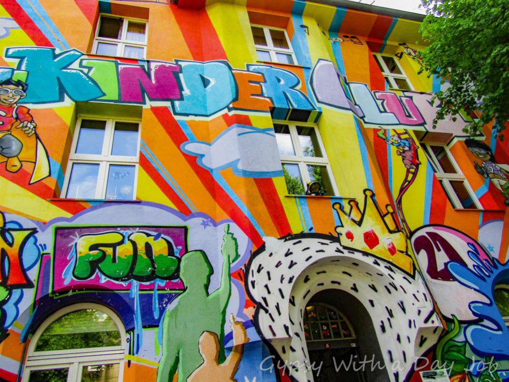 Dusseldof street art Kiefernstrasse