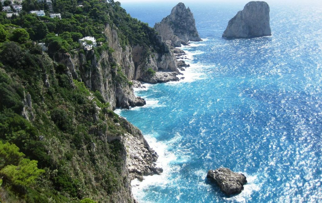 Cliffs, Colorful villages & Views On our One Day Amalfi Coast Road Trip - by Outside Suburbia