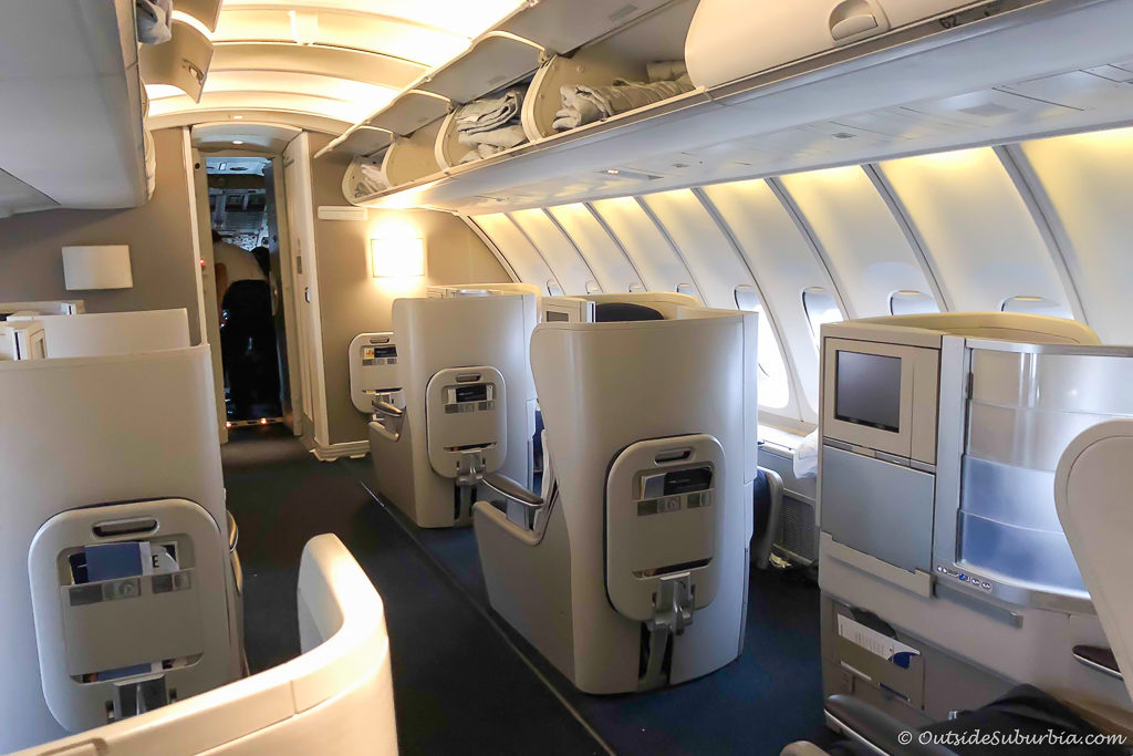 A peek at the British Airways Upper Deck - outsidesuburbia.com