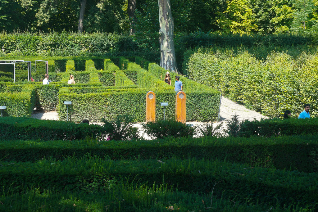 Schonbrunn Palace maze - Best Things to do in Vienna with kids - Photo by Outside Suburbia