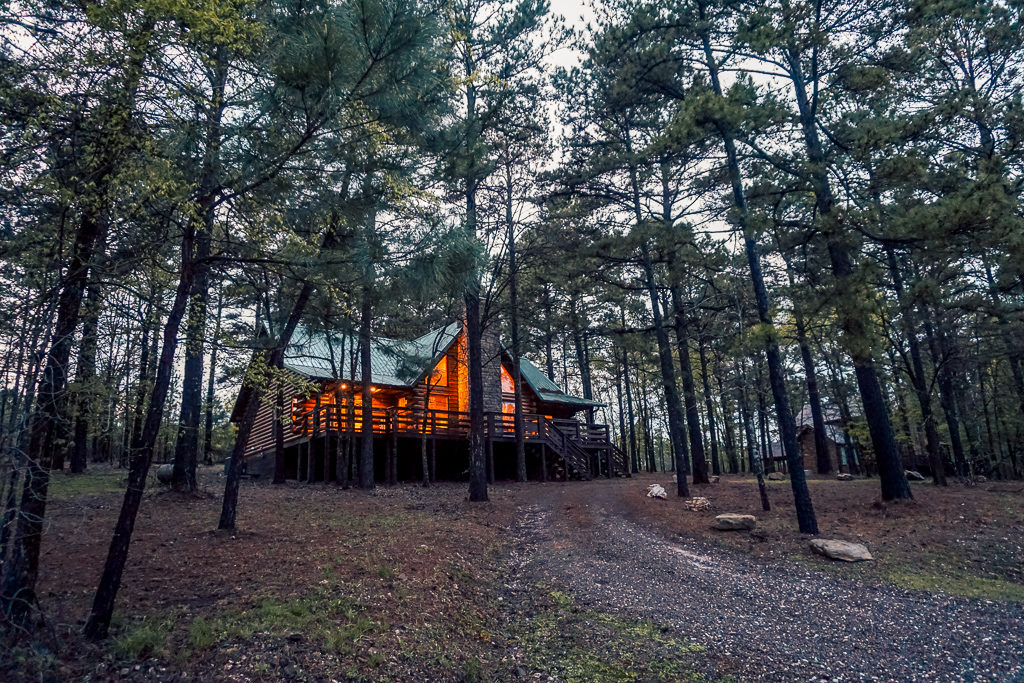 Glamping and Luxury cabins in Beavers Bend State Park, Oklahoma