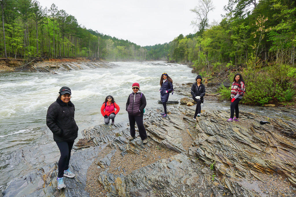 Girls Getaway at Beavers Bend Oklahoma - Photo by Outside Suburbia
