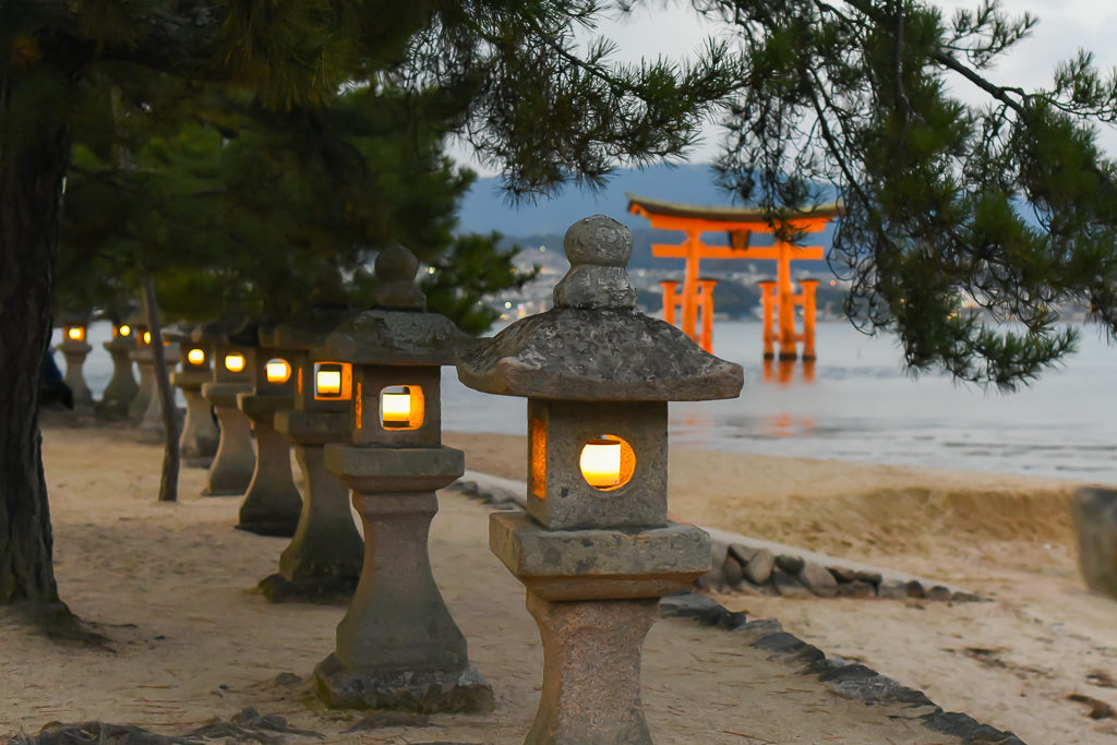 Miyajima torii - Two week Japan Itinerary - Photo by Outside Suburbia