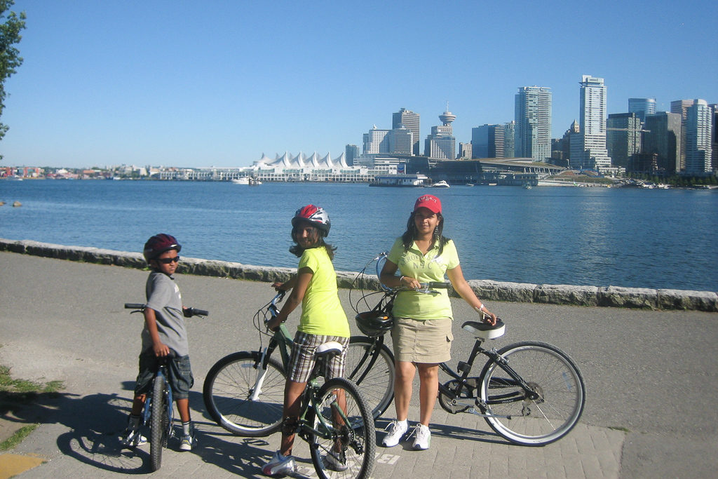 Top Things to do in Vancouver with Kids Photo by Outside Suburbia