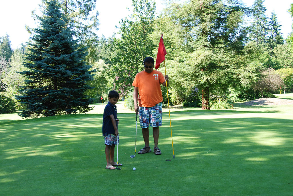 Golf at Stanley Park. Top Things to do in Vancouver with Kids Photo by Outside Suburbia
