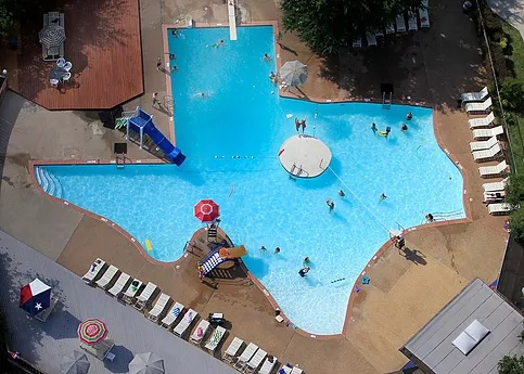 Texas Shaped Pool, Plano