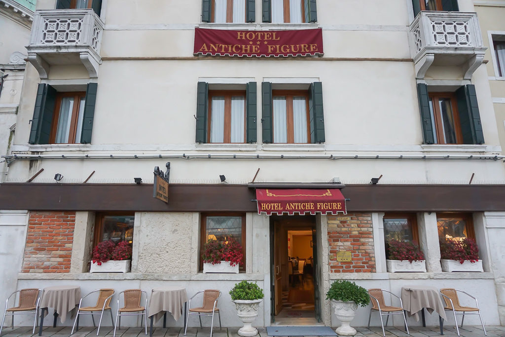 Where to stay in Venice with kids - Hotel Antiche Figure - Photo by Outside Suburbia