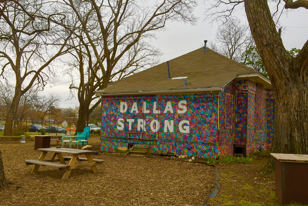 Dallas Strong mural in Bishop Arts