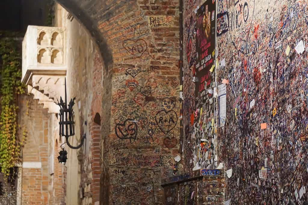 Juliet Balcony in Verona and the love notes left there