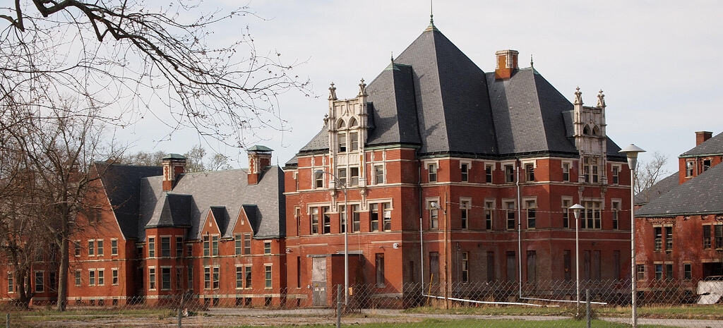 Spooky Norwich State Hospital, Fun Things To Do In Connecticut