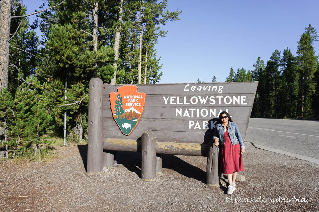 15 Best things to do and see in Yellowstone - OutsideSuburbia.com