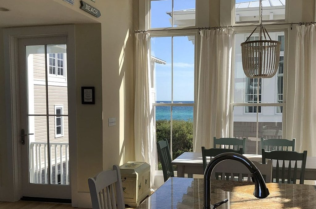 Where to stay on 30A in South Walton, Florida - outsidesuburbia.com