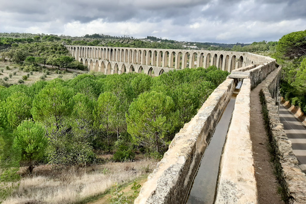 Aqueducts at Convent of Christ, a UNESCO heritage site - Beautiful places in Portugal - OutsideSuburbia.com