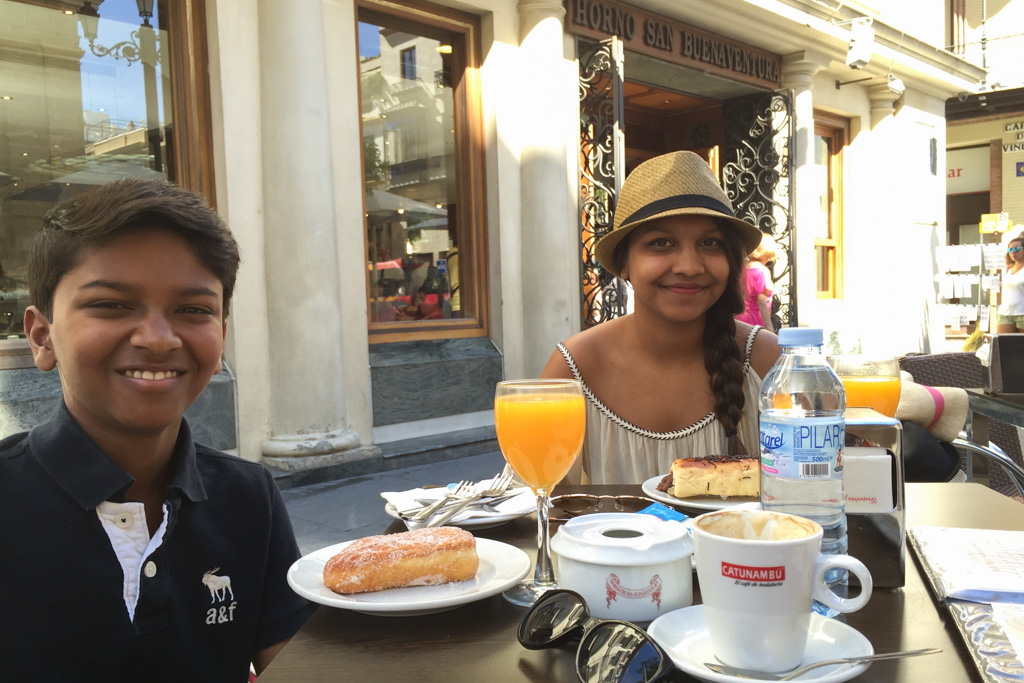 Breakfast near the Cathedral in Seville