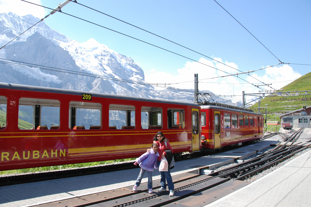 Kleine Scheidegg - How to get to Jungfraujoch, Top of Europe - OutsideSuburbia.com