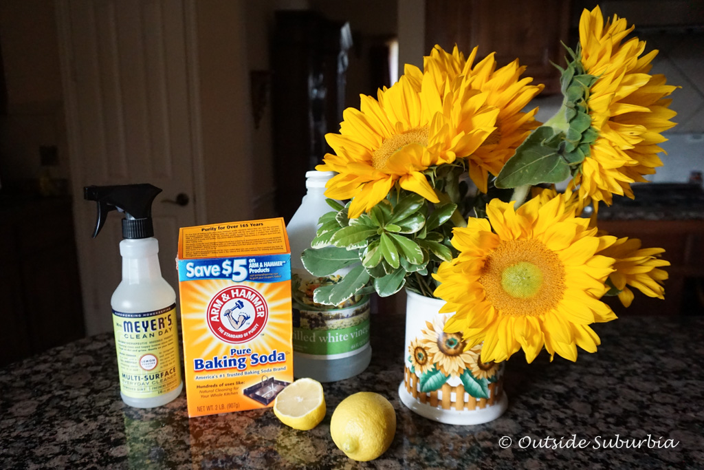 3 Natural Cleaning Products: Lemon, Baking Soda & Vinegar | Outside Suburbia