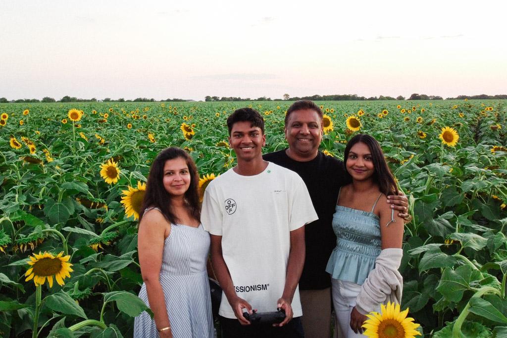 Sunflower fields near Dallas   Outside Suburbia