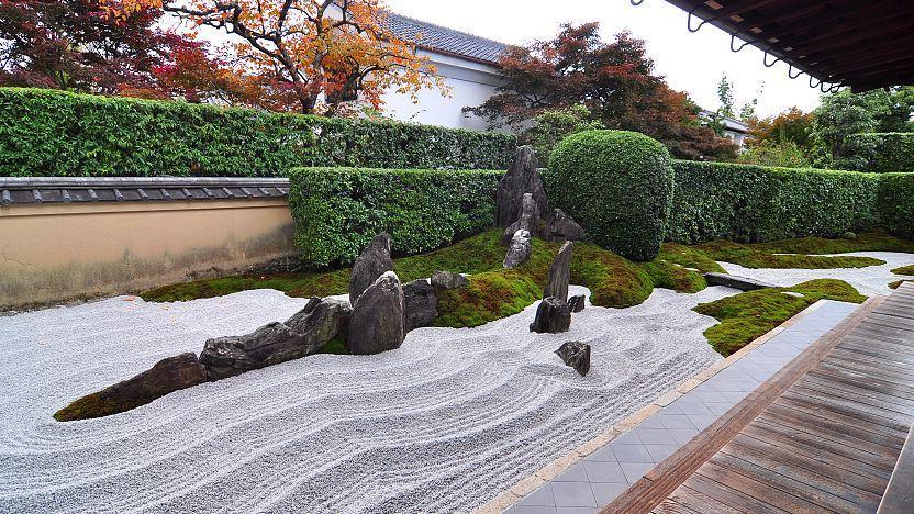 Daitoku-ji SubTemple Zen Garden - Beautiful Japanese Temples & Zen Gardens of Kyoto | Outside Suburbia