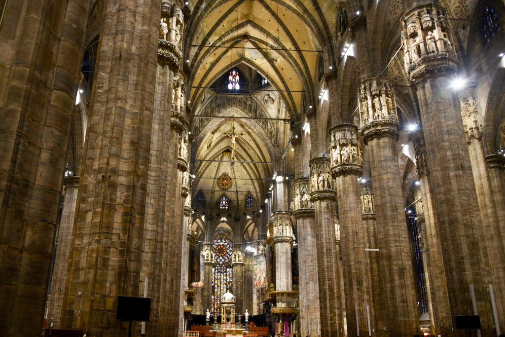 Duomo Milano Cathedral | Outside Suburbia