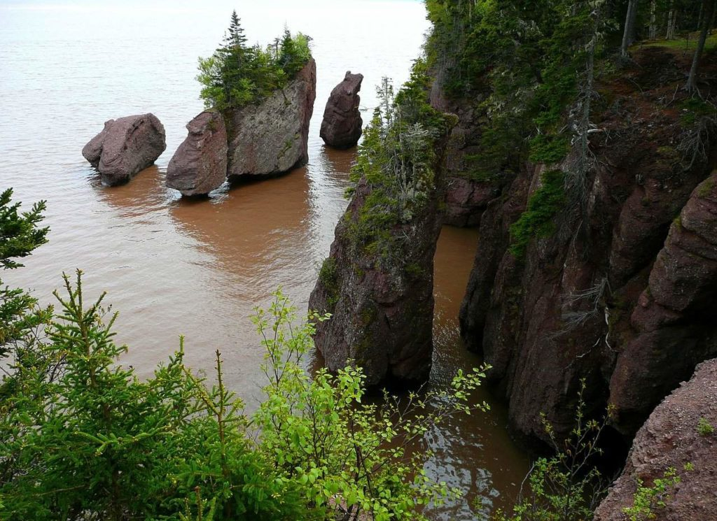 Bay of Fundy and the Hopewell Rocks | Outside Suburbia