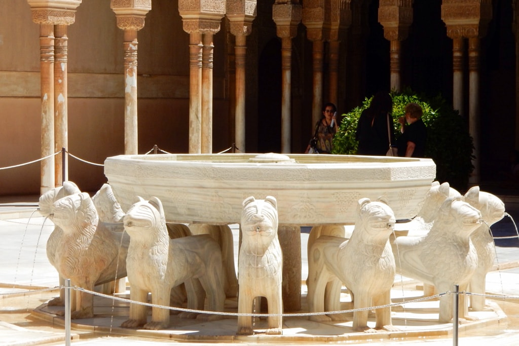 The Patio of the Lions (Patio de los Leones) is probably the most famous place in the Alhambra | Outside Suburbia