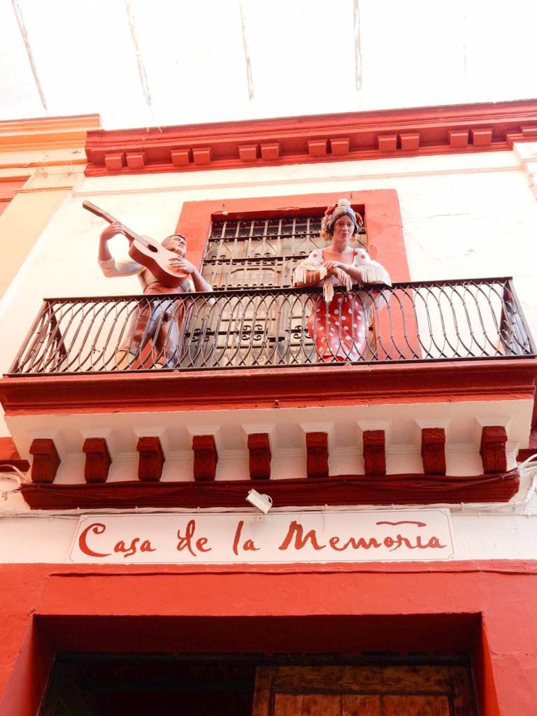 Intimate flamenco show in Seville | Outside suburbia