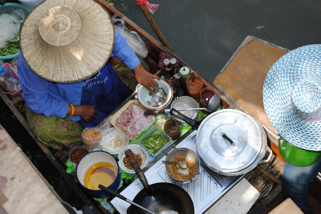 Best Floating Markets in Thailand   Outside Suburbia