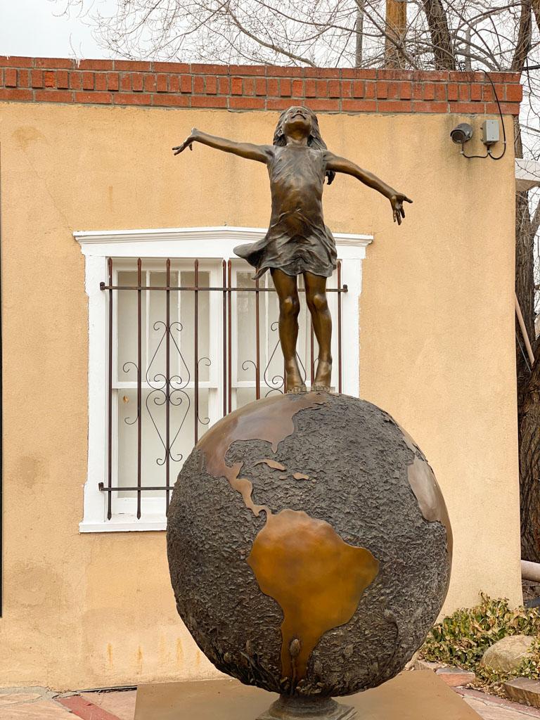 Gallery walk on Canyon Road, Santa Fe | Outside Suburbia