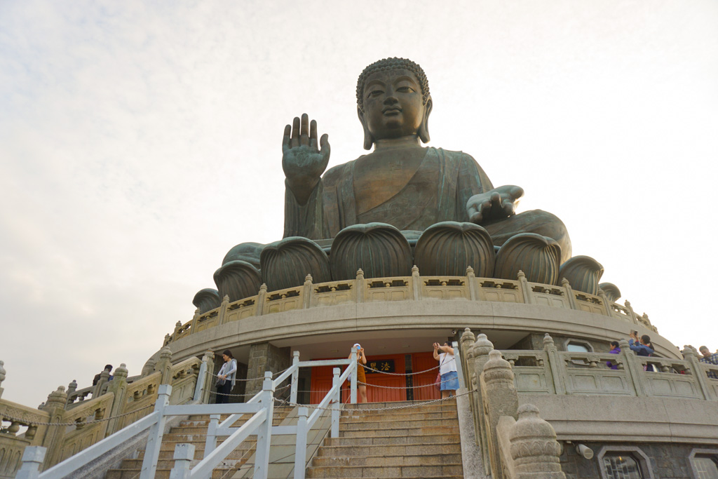 Best Temples in Hong Kong: Big Buddha and Po Lin Monastery
