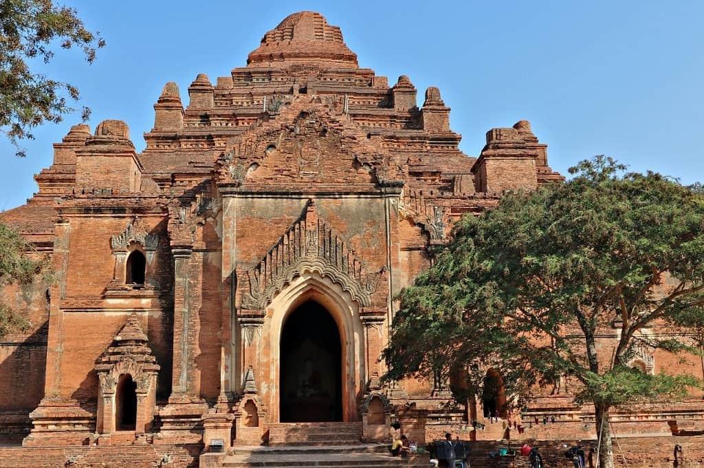 Dhammayangyi temple, Myanmar