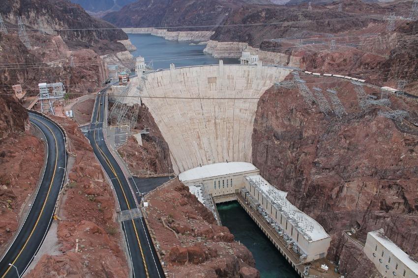 Hoover Dam | Outside Suburbia