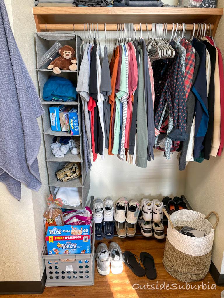 Dorm Room Essentials for Guys | OutsideSuburbia