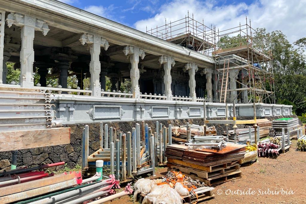 Iraivan Kauai Hindu Temple & Monastery   OutsideSuburbia
